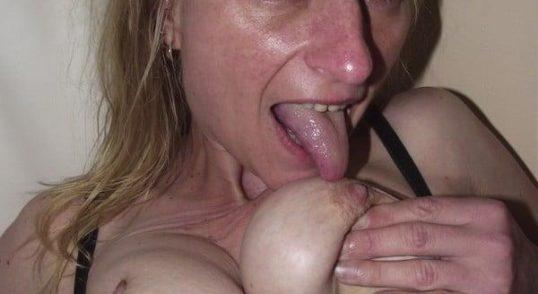 Erfahrene Frau sucht Sex und Erotik